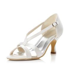 Vrouwen Satijn Stiletto Heel Peep Toe Sandalen met Gesp (047047999)