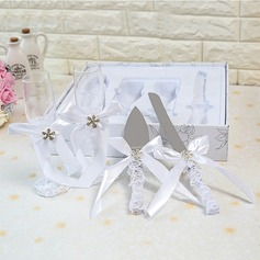Simple Design/Elegant/Classic Toasting Flutes With Ribbon Bow (126199801)