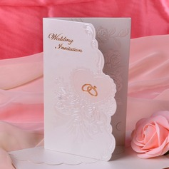 Style Florale Pli en 3 Invitation Cards (Lot de 50) (114033304)