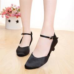 Frauen Satin Heels Sandalen Ballsaal Charakter Schuhe mit Schnalle Tanzschuhe (053108024)
