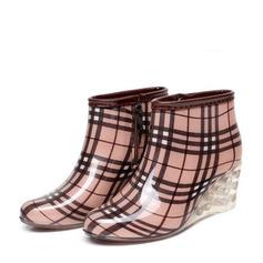 Frauen PVC Keil Absatz Stiefel Stiefel-Wadenlang Regenstiefel mit Andere Schuhe (088127035)