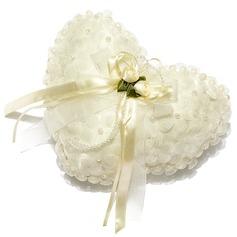 Sydämen Muotoinen Rengas Tyyny sisään Satiini jossa Pearl/Kukat (103018228)