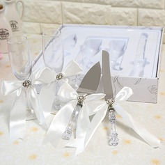Simple Design/Classic Toasting Flutes With Ribbon Bow (126199807)