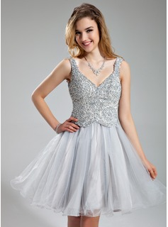 A-Line/Princess V-neck Short/Mini Tulle Holiday Dress With Beading Sequins (020037396)