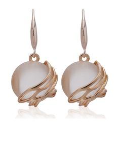 Elegant Alloy Ladies' Earrings (011027310)