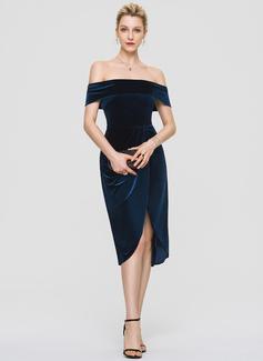 Платье-чехол Выкл-в-плечо Длина до колен бархат Коктейльные Платье с блестки (016197112)