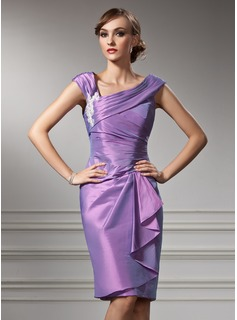 Sheath/Column Off-the-Shoulder Knee-Length Taffeta Mother of the Bride Dress With Appliques Lace Cascading Ruffles (008005949)