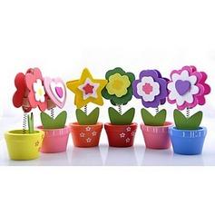 Flower Design Wooden Place Card Holders (Set of 6) (051053271)