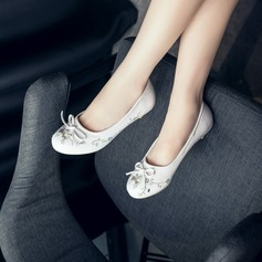 Women's Leatherette Low Heel Flats Closed Toe With Rhinestone Bowknot shoes (086126582)
